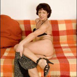 Die Damen ab 40 zeigen sich gerne nackt