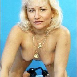 Frau Anfang 40